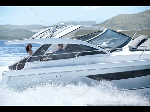 Picture Of a 2022 Sealine 33 S330 Motor Yachts | 1628650