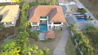 Beautiful Contemporary House with a Large Garden and Swimming Pool in Rawai