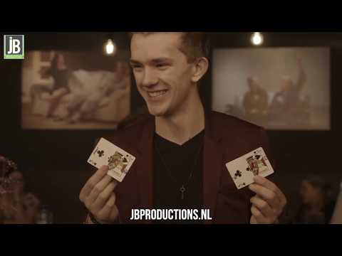Video van David Nathan - Table Magic | Goochelshows.nl