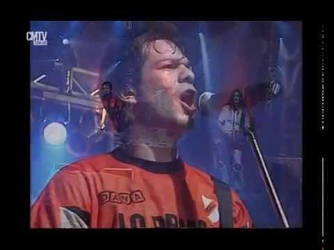 Jóvenes Pordioseros video Nunca me enseñaste - CM Vivo noviembre 2005