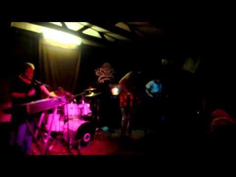 """Terra Ignota - 1. 9. 2012, klub Modrá vopice: live """"Už mě vezou do Bohnic"""""""
