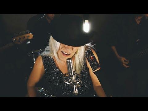 """Primer Videoclip oficial de la banda """"La Que No Puede Ser"""""""