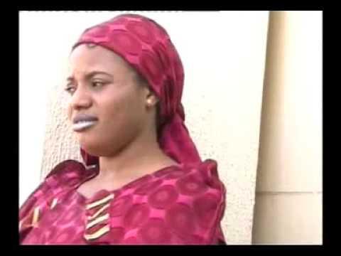 Wazan Aura 1  - complete film at www.hausa-movies.com