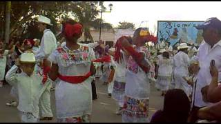 preview picture of video 'Espita Yucatan 20/Diciembre/2011 Part 4'