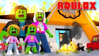 Roblox Zombie Family | Fancy Restaurant Disaster!