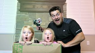 We Pretend To Get MAILED! (Skit)