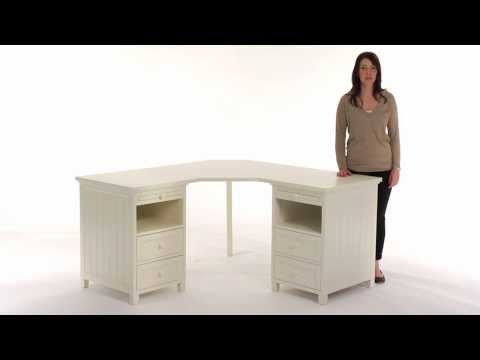 Maximize Corner Space with the Beadboard Basic Corner Desk | PBteen