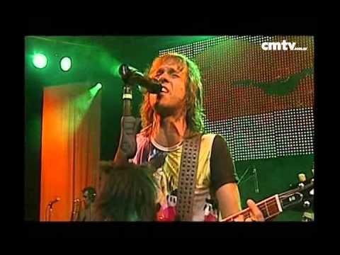 Los Auténticos Decadentes video Besandoté - CM Vivo 2009