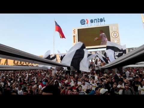 """""""♪Salta La Garra Blanca♪ - Garra Blanca [Colo Colo - Cobreloa Semifinal Clausura 2011]"""" Barra: Garra Blanca • Club: Colo-Colo"""