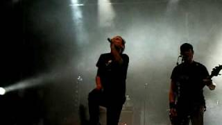 Donots - We're not gonna take it (LIVE)