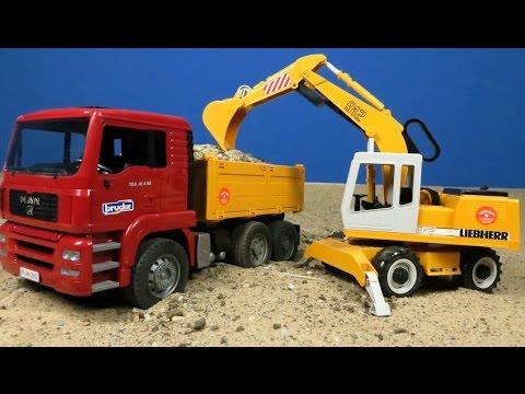 Bagger & Lastwagen von Bruder Spielwaren auf der Baustelle deutsch