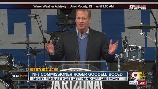 NFL commissioner booed at Super Bowl ceremony