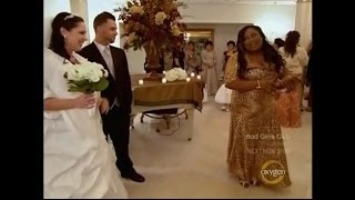 Flo Gets Married Moments