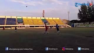 Kiper Timnas U-16 Ernando Beri Motivasi di Liga Santri Nusantara, Ini Harapannya