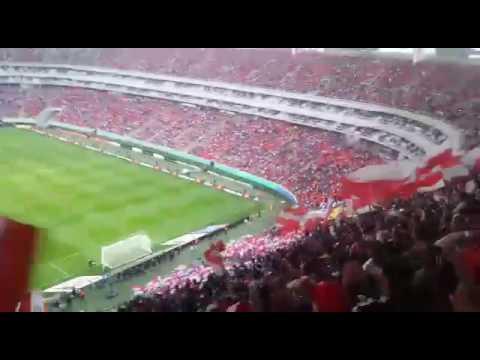 """""""Recibimiento de la IRREVERENTE 🔴🔵🇮🇩🇫🇷"""" Barra: La Irreverente • Club: Chivas Guadalajara"""