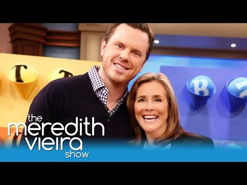 Willie Geist and Meredith Play Gumball Wall! | The Meredith Vieira Show