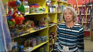 Golden Valley Couple Work Wonders for Food Shelf