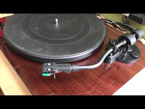 Fluance RT81 Turntable Blogger Review