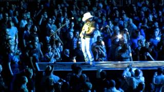 Brad Paisley - Waiting on a woman/When I get where I'm going - O2 Arena - 17/8/11