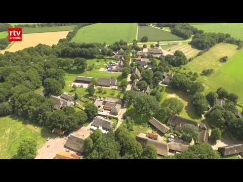 download lagu mp3 mp4 Drone Piloot Salaris, download lagu Drone Piloot Salaris gratis, unduh video klip Drone Piloot Salaris