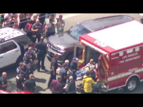 Los Angeles authorities say a man fatally shot his father, brother and two other people Thursday during a 12-hour rampage across Los Angeles' sprawling San Fernando Valley.  Suspect Gerry Dean Zaragoza eluded a manhunt until he was arrested. (July 26)