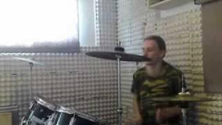 Video HellWay (on drums)