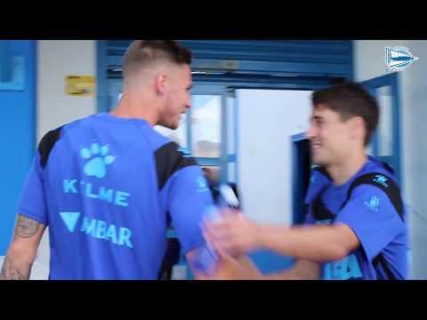 Primer entrenamiento de Bojan, Munir y Medrán con el Deportivo Alavés