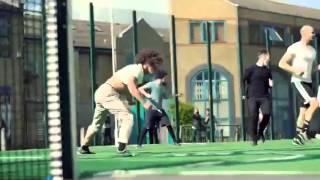 Фрираннеры играют в футбол