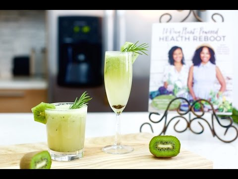 Video Rosemary Kiwi Cocktails