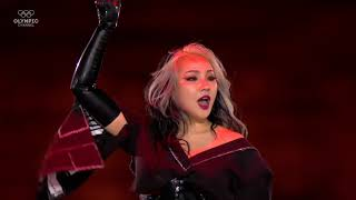 CL PERFORM AT OLYMPIC    2NE1's  I AM THE BEST