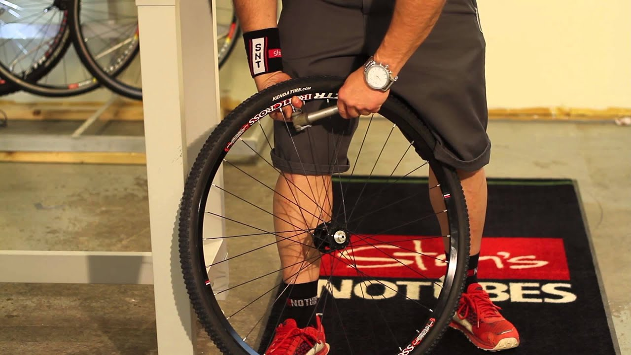 Stan's NoTubes Hand Pump Tech Tip