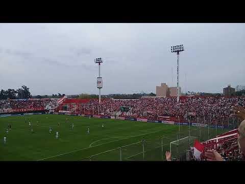"""""""Union 2-1 Talleres, hinchada Tatengue"""" Barra: La Barra de la Bomba • Club: Unión de Santa Fe"""