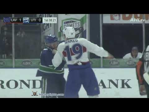 Carter Bancks vs. Antoine Waked