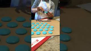 Trial of new macaron baking mats (Part 1)
