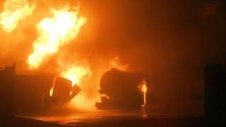 Поджег свой авто на заправке (запись с камер на АЗС)