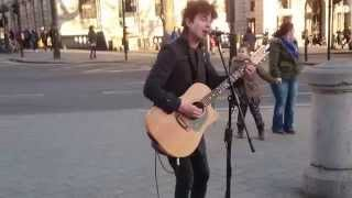 The Beatles, Here Comes the Sun (Henry Facey cover) - busking in the streets of London, UK