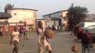 preview picture of video 'Yopougon nouveau quartier'