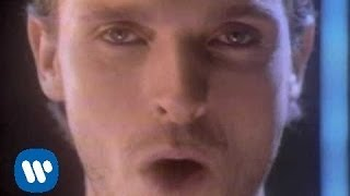 The eighth wonder - Miguel Bosé (Video)