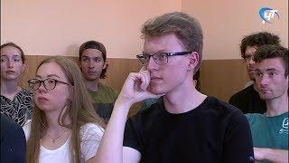 32 студента из Швеции учат в летней школе НовГУ русский язык