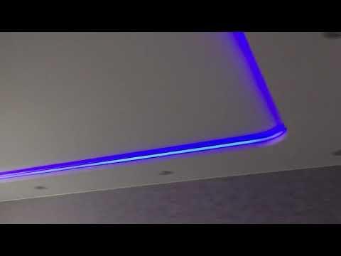 Фото Двухуровневый натяжной потолок с RGB подсветкой по контуру и нишей для гардины!