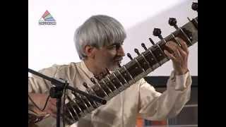 В Даугавпилсе вновь звучит индийская классическая музыка
