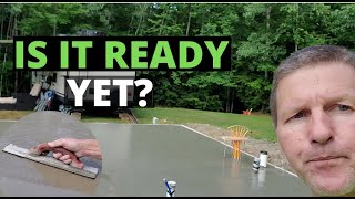 When To Start Finishing Concrete After Pouring (Troweling & Broom Finishes)
