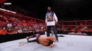 WWE RAW 19/10/09 Snoop Dogg Spears Chavo Gurrerro