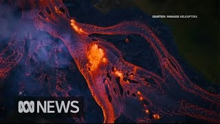Rivers of fast-moving lava flow from Hawaii's volcano - Video Youtube