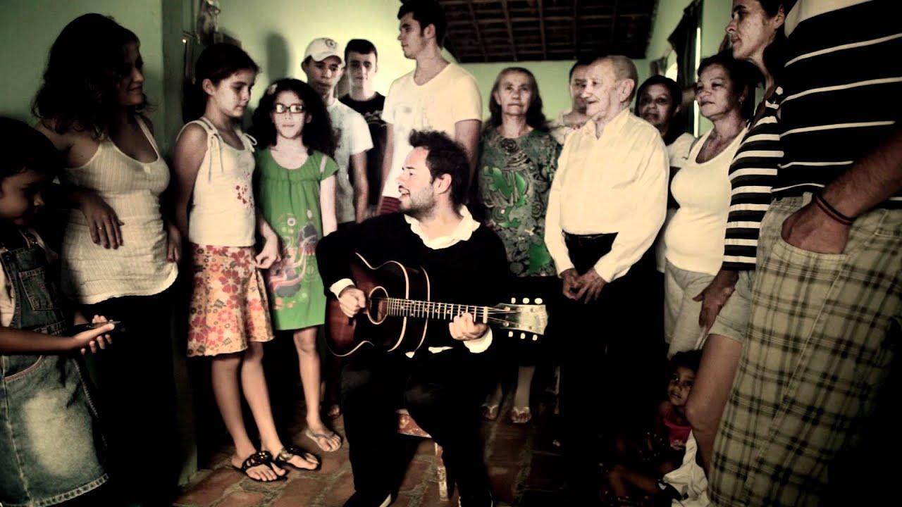 Lirik Lagu Felicidade - Marcelo Jeneci dan Terjemahan