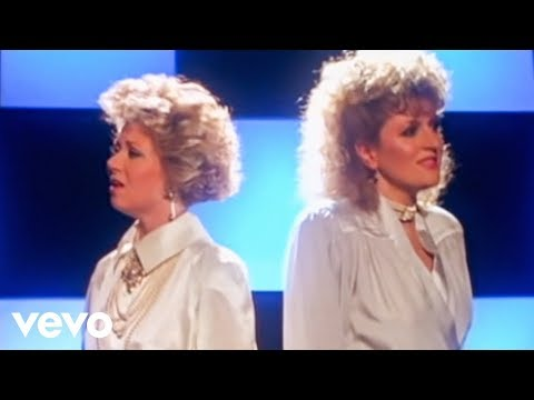 Elaine Paige, Barbara Dickson - I Know Him So Well