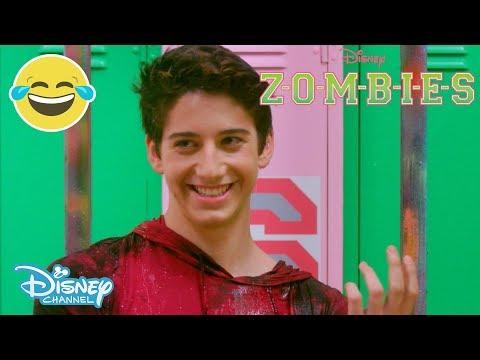 Z-O-M-B-I-E-S | Water Bucket Challenge 💧 | Official Disney Channel UK
