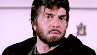 Chunky Moushumi Dharmendra Shatrughan Sinha Aag Hi Aag  Scene 12/18