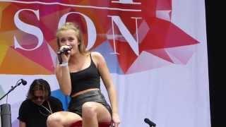 Zara Larsson - She's Not Me (Live, Bråvalla Festival, Norrköping, Sweden - 2015-06-27)