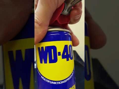 Abgebrochenen Schlüssel ohne Werkzeug entfernen